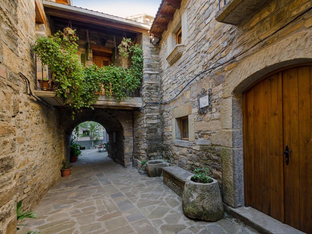 casa dueso turismo rural ainsa